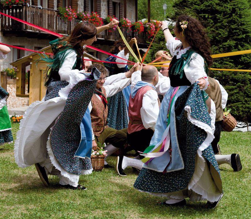"""Dance of Folkloristic Group """"Stelutis di Udin"""", The fair of prosciutto, Sauris di Sotto, Udine province, Carnia, Friuli Venezia Giulia, Italia; Italy"""